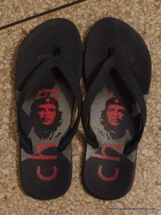 Che sandals