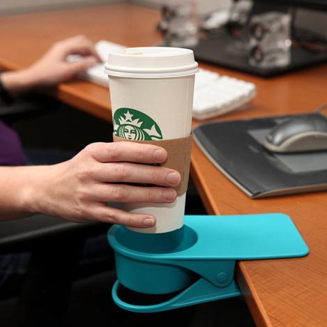 suport de pahar pentru birou la job.jpg