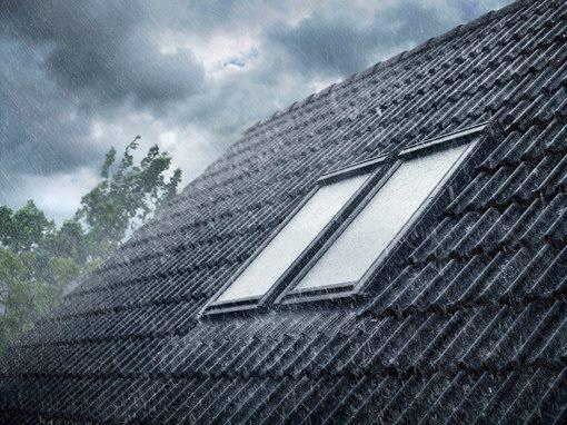 fereastra in ploaie