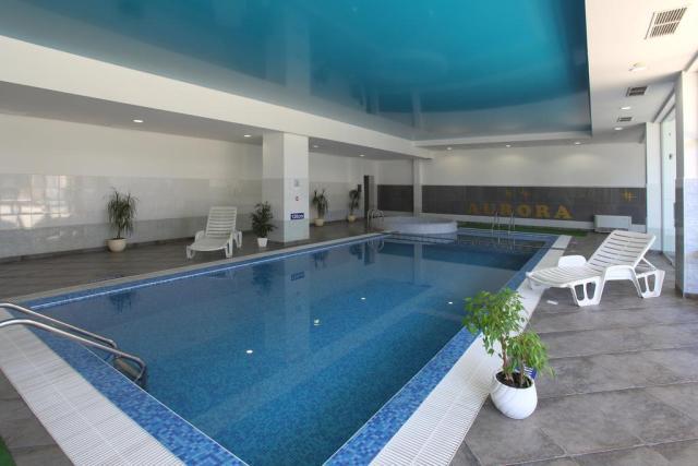 piscina interioara hotel aurora bulgaria