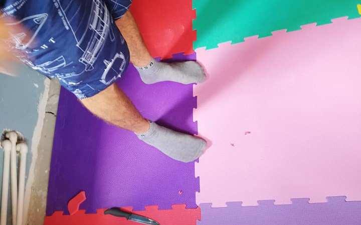 Avantajele și DEZAVANTAJELE covorului tip puzzle