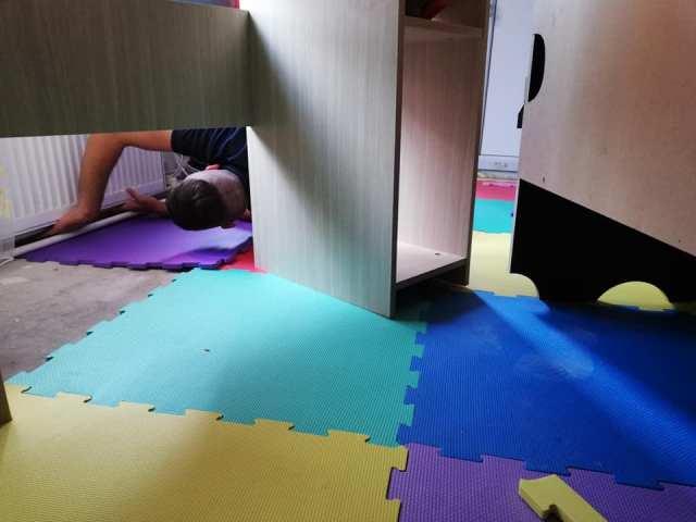montare covor puzzle