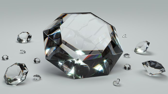 6 Things You Should Know Before Purchasing a Diamond