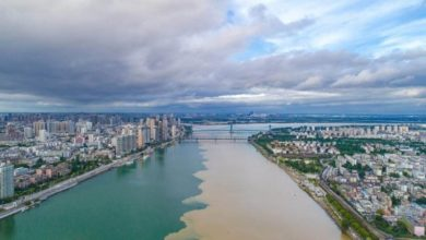 Photo of In China, the Han River became two-tone