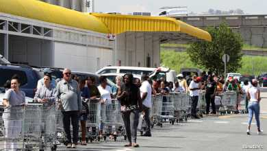 Photo of US residents buy food and essentials half of Americans prepare for months of chaos