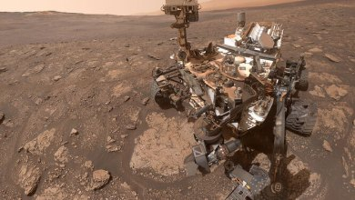 Photo of NASA's Curiosity rover sends adorable selfie to Earth