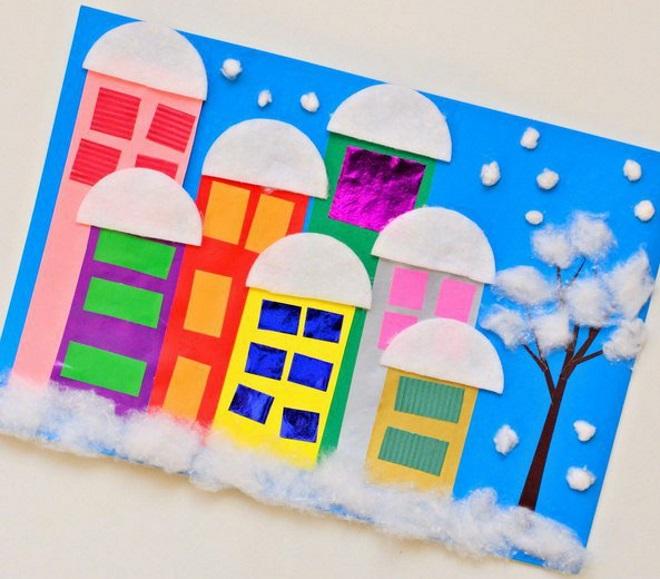 Ciudad de aplique bajo la nieve.