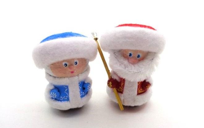 Sněhurka a Santa Claus z dopravní zácpy