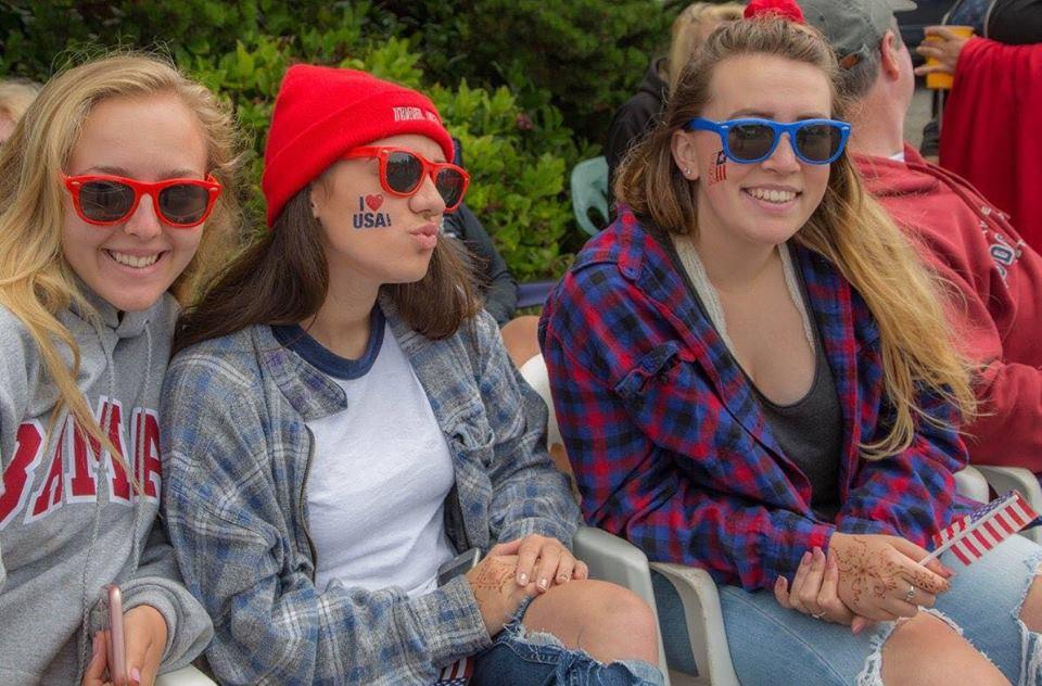 Gleneden Beach Parade 18 Patriotic Teens