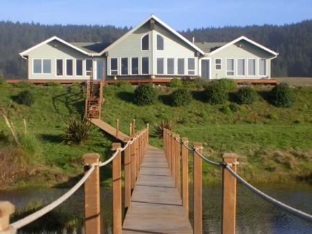 Brigadune Beach House - Oregon Coast Vacation Rentals Gold Beach Oregon