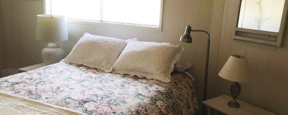 Sea Bella Oregon Coast Vacation Rental - Queen Bedroom