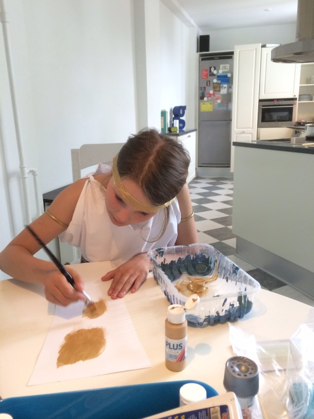 Wee lass creating her Ancient Egyptian Costume