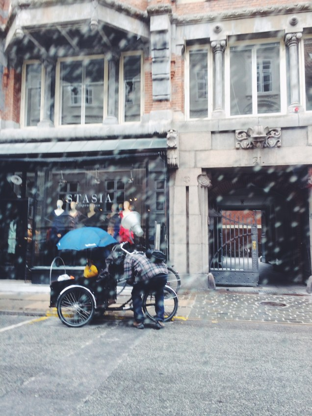 Cargo bikes in all weather