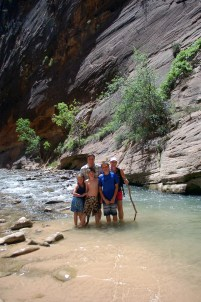 Family in river Zion National Park | Erin Gustafson | Oregon Girl Around the World