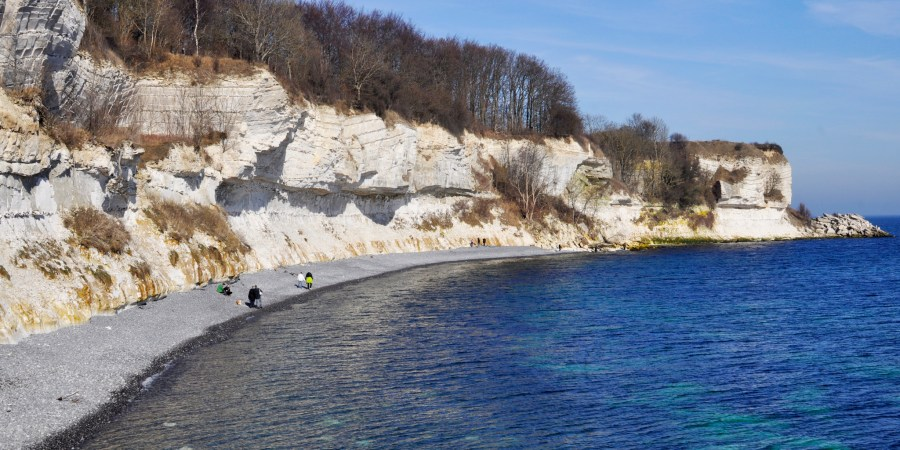 Day Out in Denmark | Explore the Historic White Cliffs at Stevns Klint | UNESCO World Heritage Site | via Oregon Girl Around the World