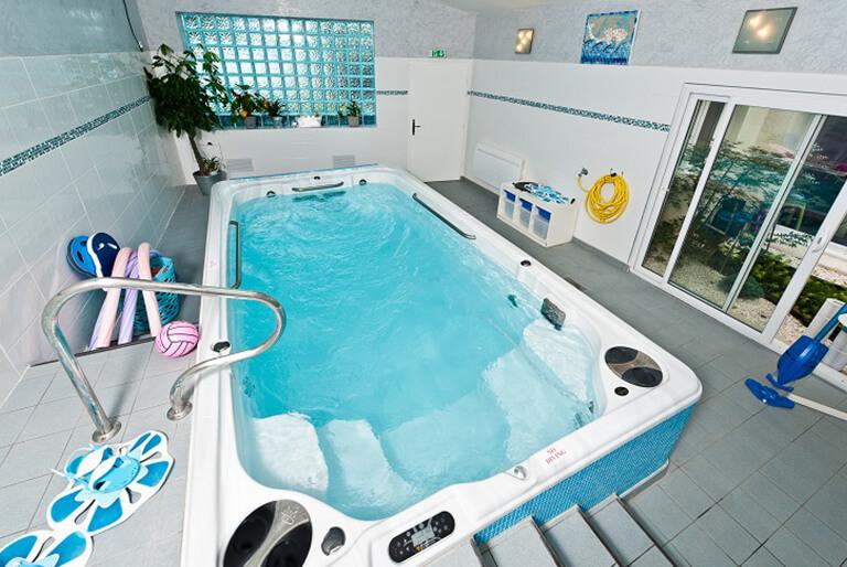 affordable chair covers wedding hire perth hydropool swim spa pools - endless family fun & fitness oregon hot tub