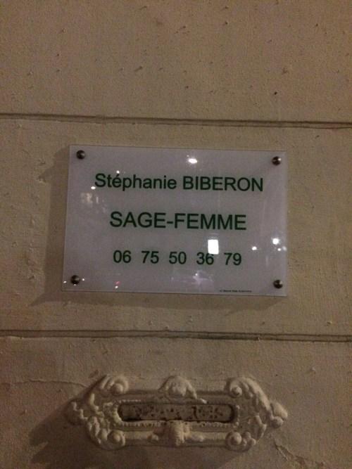 Mme Biberon, sage-femme, Rouen