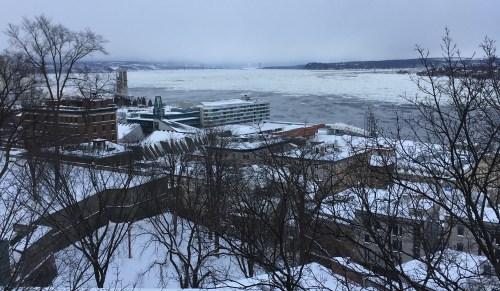 Le fleuve Saint-Laurent, Québec, janvier 2018