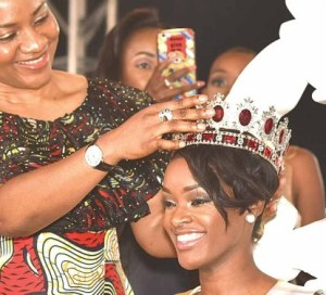 Angolan Beauty Neurite Mendes Wins Miss Africa 2016