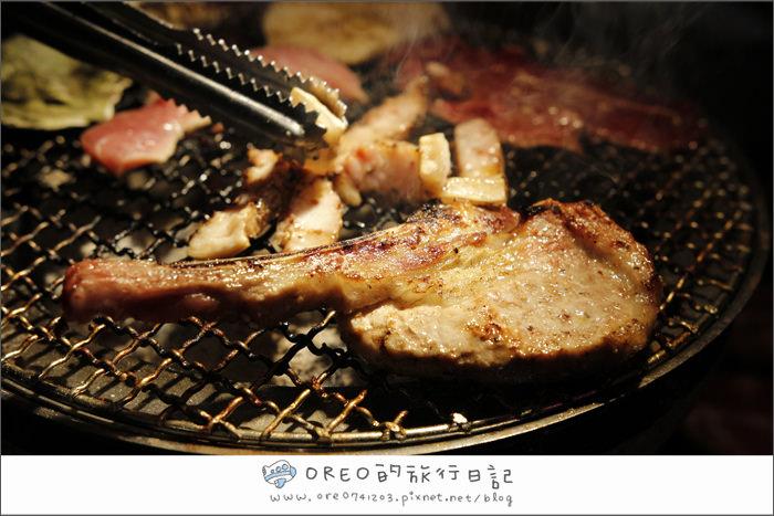 中和美食聚餐餐廳►捷運南勢角。武仕日式炭火燒肉吃到飽~有德國豬腳~大片和牛!!