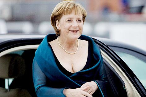Lagerfeld will Merkel beraten  newsORFat