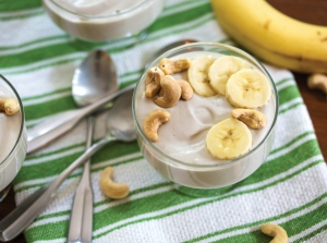 Banana cashew yogurt