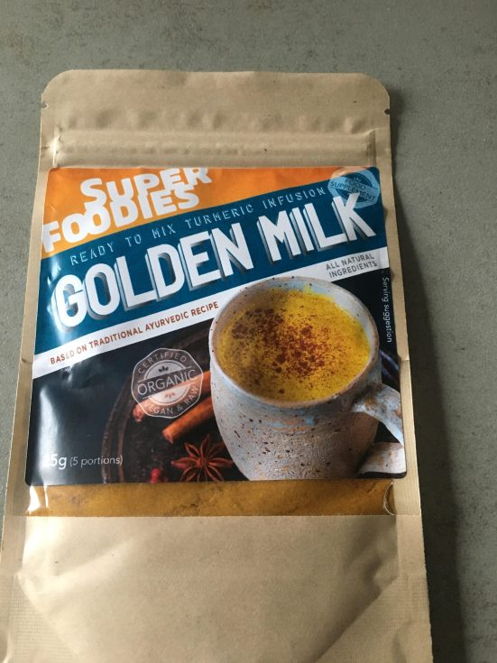 Review superfoodies Golden milk, Golden milk poeder, Golden milk superfoodies, Golden milk kopen, Golden milk ervaringen, Golden milk ayurveda, Golden milk gezond, Golden milk afvallen, organic happiness, biologisch, biologische foodblog