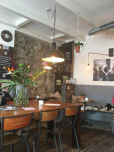 Expresszo in Middelburg, Koffiebar Middelburg, Koffiebar Expresszo Middelburg, Leuke koffietentjes in Middelburg, Middelburg hotspots voor heerlijke koffie, Hier kan je de beste koffie drinken in Middelburg, Trendy espressobar Middelburg, Healthy hotspot Middelburg, Foodspots in Middelburg, Gezonde lunch Middelburg, Ontbijten in Middelburg, Organic Happiness, Biologisch, Biologische Foodblog