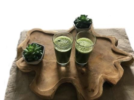Kiwi smoothie met spinazie, Groene smoothie met spinazie en kiwi, Smoothie kiwi spinazie, Groene smoothie kiwi spinazie, Groene smoothie van kiwi en spinazie, Kiwi spinazie smoothie, Kiwi smoothie, Kiwi smoothie recept, Kiwi smoothie zonder banaan, Kiwi smoothie gezond, Kiwi smoothie zonder yoghurt, Organic Happiness, Biologisch, Biologische Foodblog