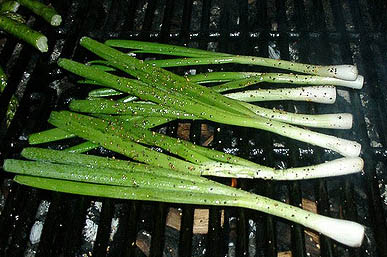 Receta de cebollitas chinas (cebollas de verdeo) a la parrilla o a la plancha