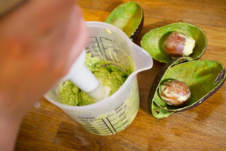 Avocado pürieren