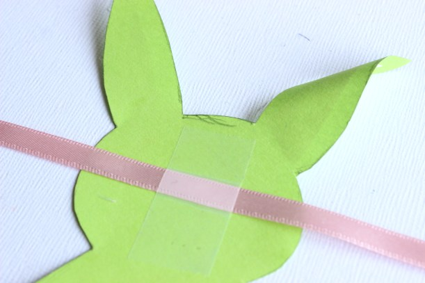 How to make an Easter Bunny Garland 3