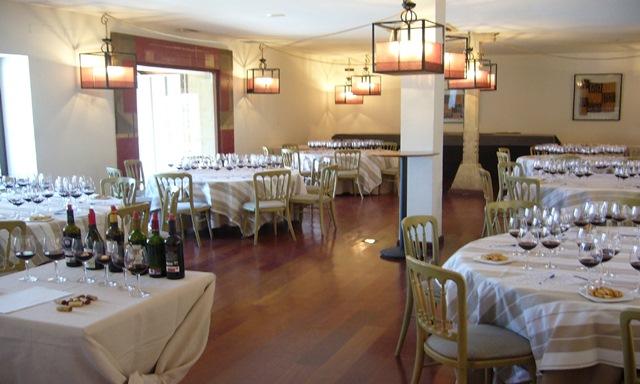 Cata de Vinos realizada en el Pabellón de Ondarreta_Salón pequeño