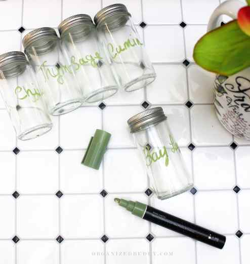 labeling glass jars