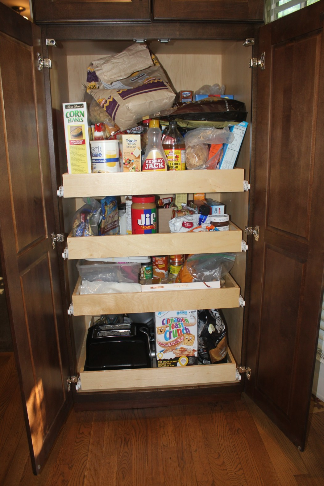 A Maximized Pantry - messy pantry