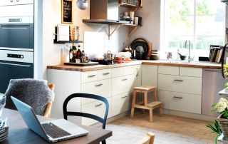 ikea-kitchen-shelves
