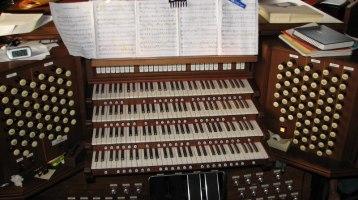 Electronic Church Organ Service