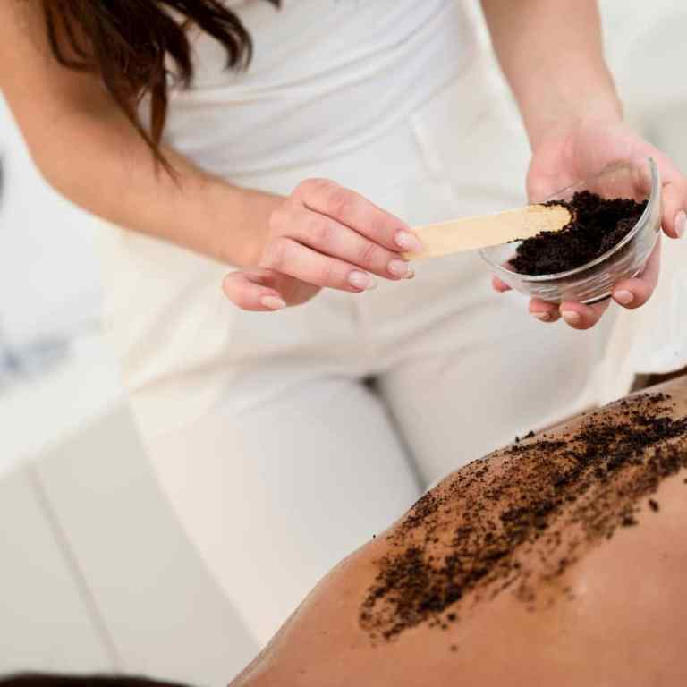 Read more about the article Using Coffee scrub for cellulite treatment does it work?
