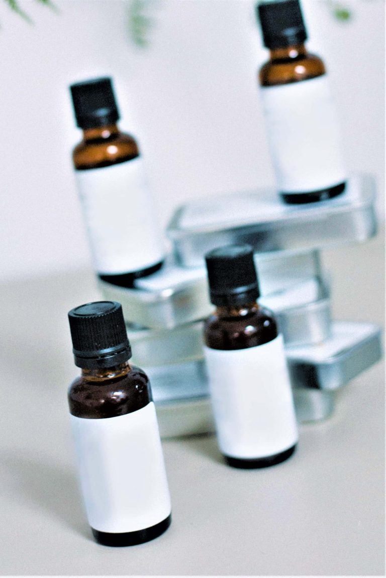Read more about the article Tea Tree Oil – Basic Concepts and Why you should not avoid?