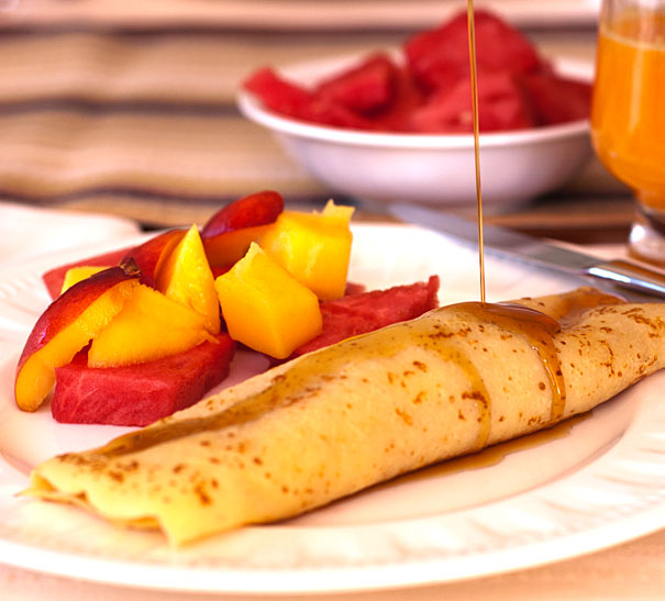 Apple Filled Crepes for Breakfast