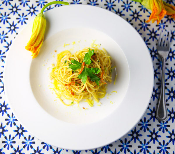 This Spaghetti with Fiori Di Zucca E Acciughe is a simple yet elegant dish to make. So sweet, savory, and tasty!