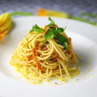 Spaghetti with Fiori Di Zucca E Acciughe