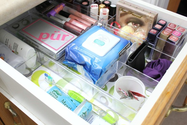 Bathroom Drawer Organization Closeup