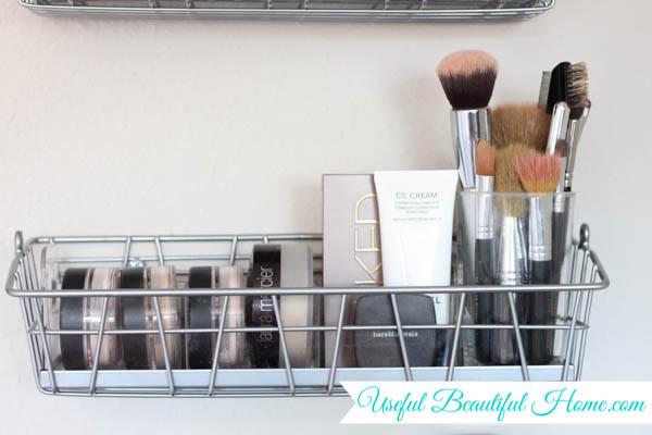 vertical makeup organization