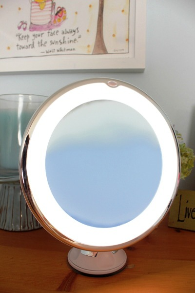 Ruimio LED Makeup Mirror