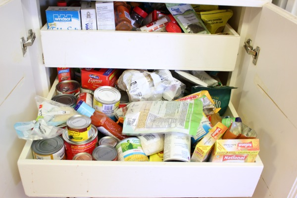 middle-kitchen-drawer-before