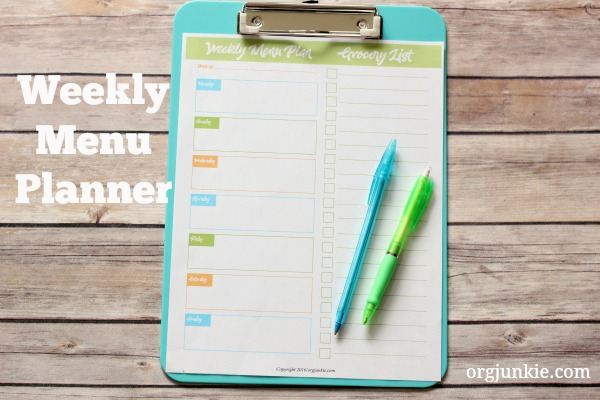 weekly menu planner free printable at I'm an Organizing Junkie blog