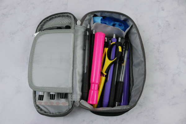 How I Organize My Bag With Pouches - simple and easy at Im an Organizing Junkie blog