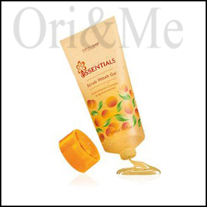 Essentials Scrub Wash Gel Multivitamin Complex & Apricot Extract