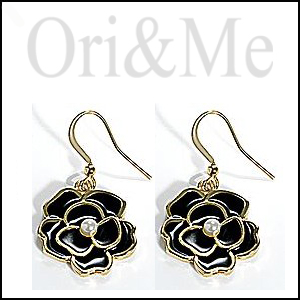 camelia-earrings